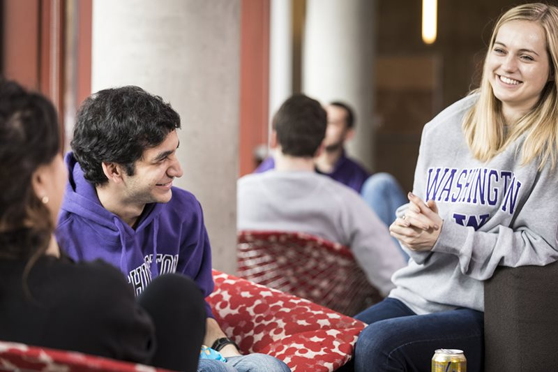 Undergraduate students in Poplar Hall lounge